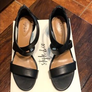 NEW IN BOX STYLE & CO BLACK SHOES SZ 7